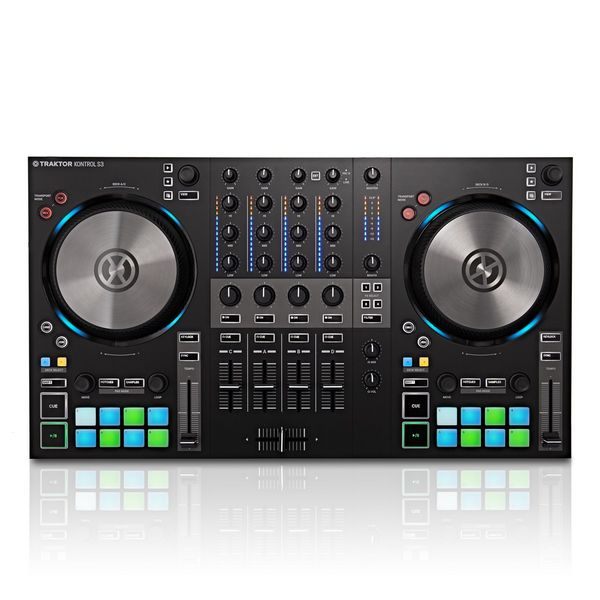 Двухканальный DJ-контроллер Native Instruments Traktor Kontrol S3